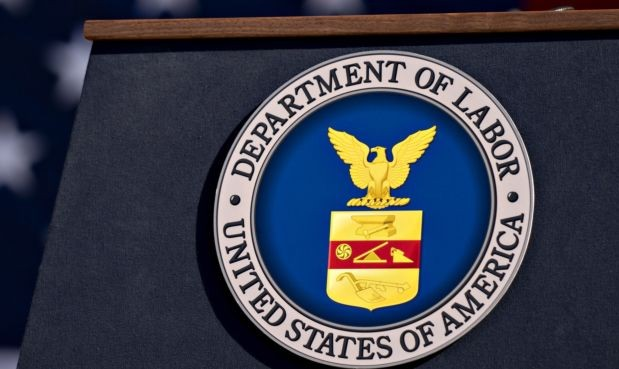 Federal investigators recover $106K for 50 employees of vending machine operator after US Department of Labor finds overtime violations